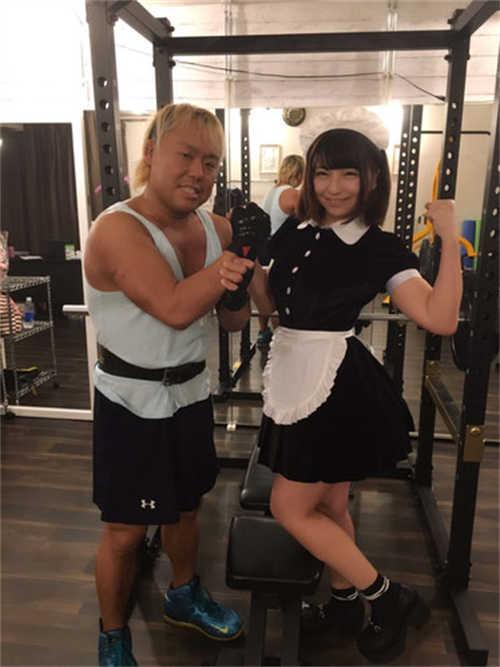 秋叶原《女仆健身房》正式开张!想锻炼身体吗?就让女仆和执事为你服务吧?(?v??)